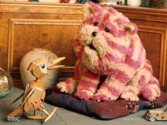 Bagpuss, dear Bagpuss, Old Fat Furry Catpuss!